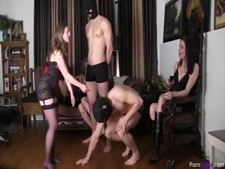 Жесткая порнуха девушек